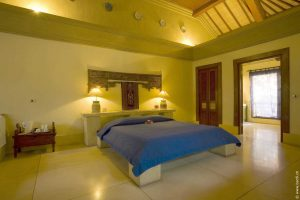 Room inside layout