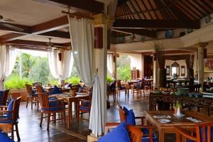 Restaurant at Villa Almarik