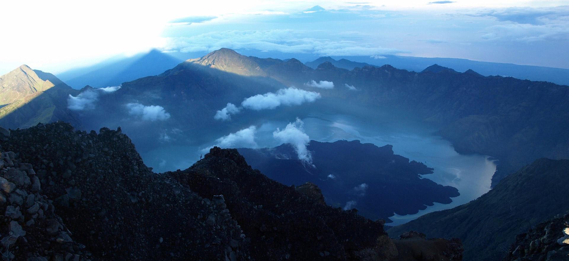 reasons why visit Lombok - Rinjani