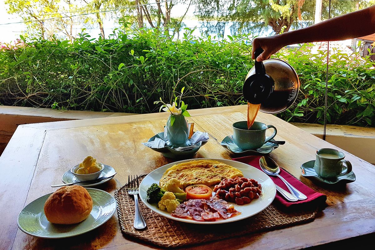 Breakfast at Villa Almarik Gili Trawangan